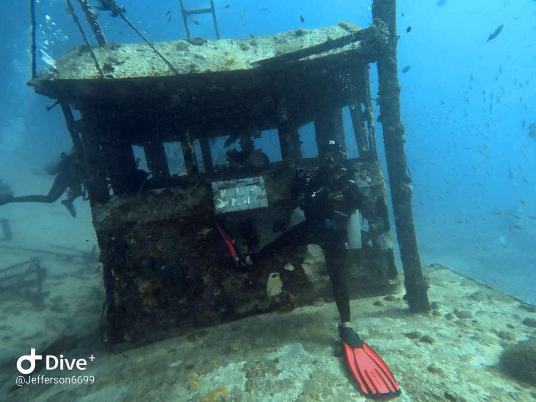 Dive+潜水员heffe69的精彩瞬间